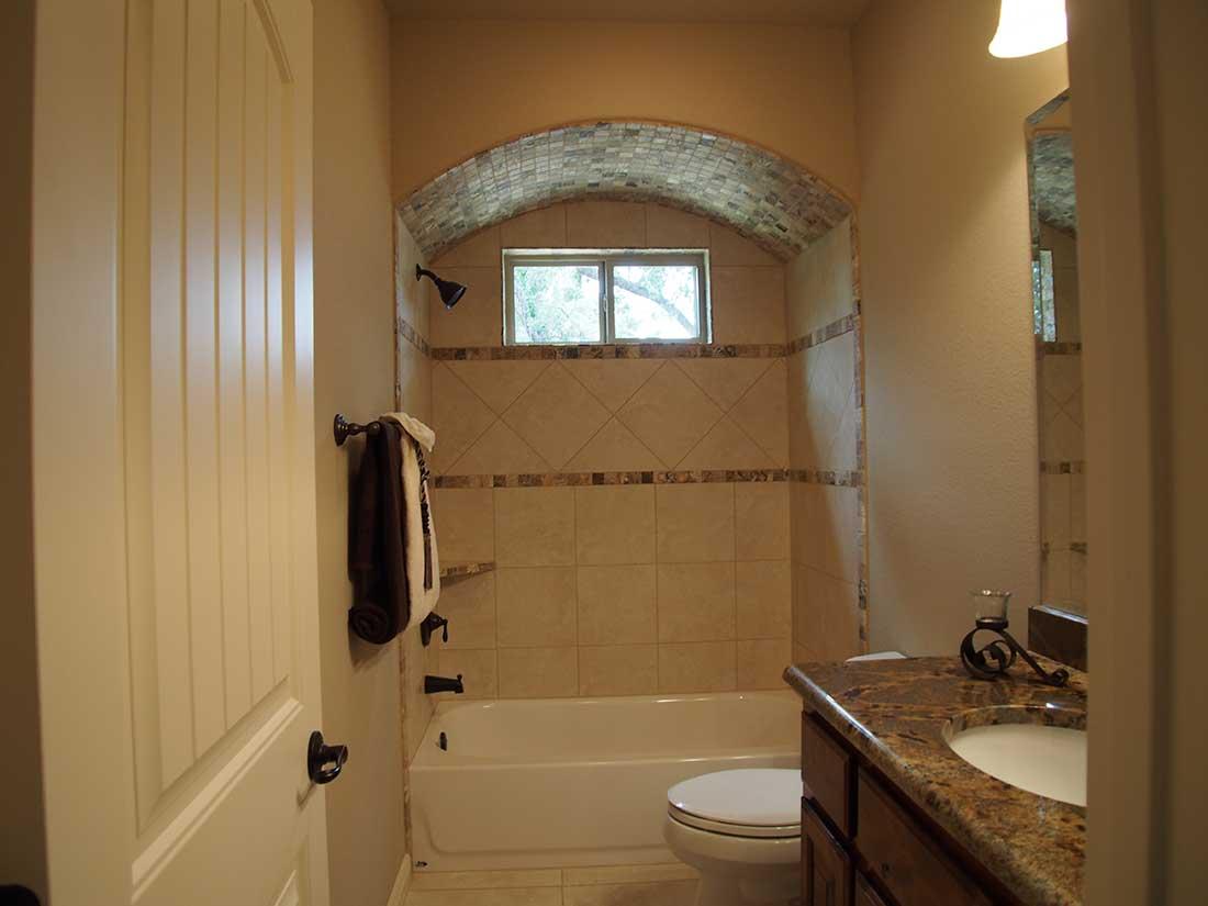 Don holmes custom homes custom bathroom photo gallery for Bathroom image gallery