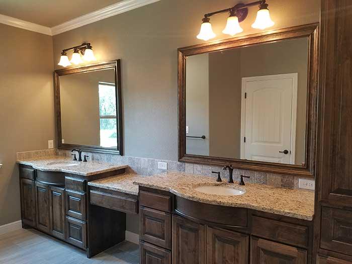 Deleon-featured-custom-homes-1-2018-7